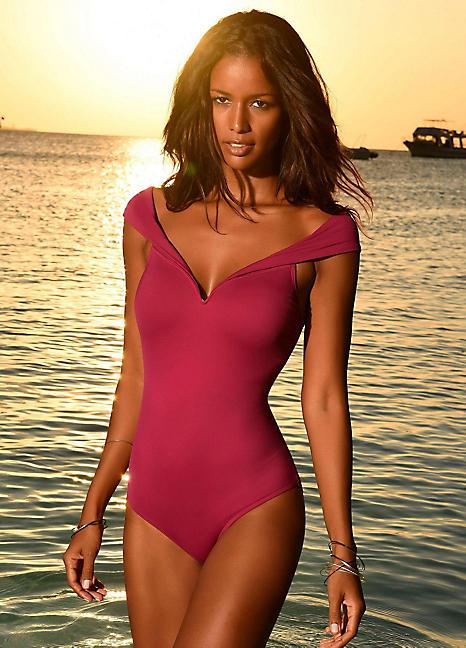 Super Specials am besten auswählen elegant im Stil LASCANA Off-the Shoulder Swimsuit